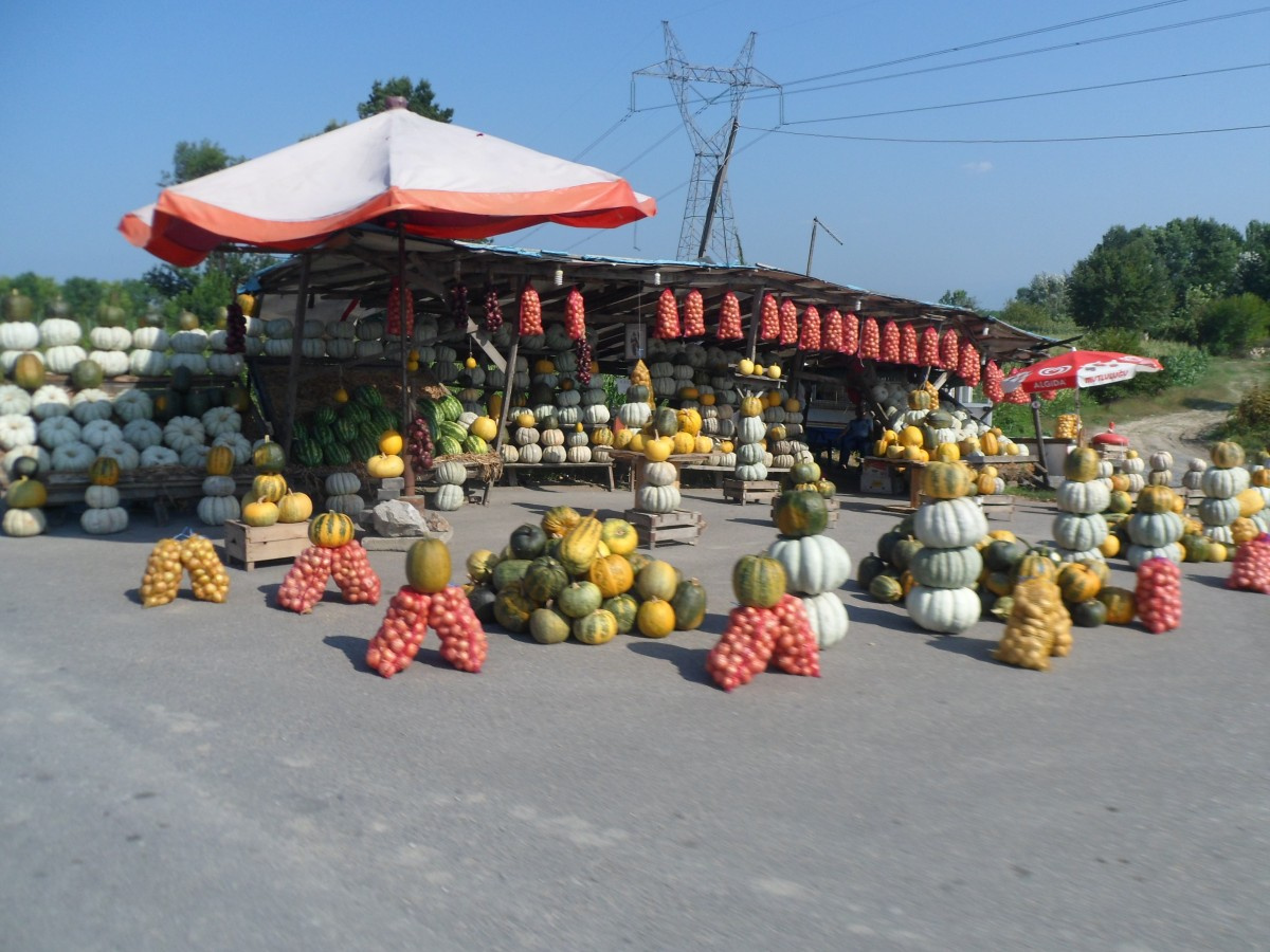 Vegetable stall on the highway